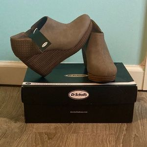 Dr. Scholl's Shoes - Dr Scholl's Harlow wedge bootie/Taupe Size 6